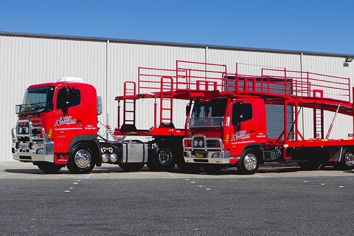 AUCTION HOUSE BEGINS OPERATION WITH HINO FLEET